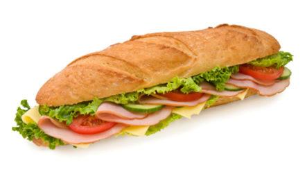 El sándwich social ahora tiene mucho más jamón en el medio