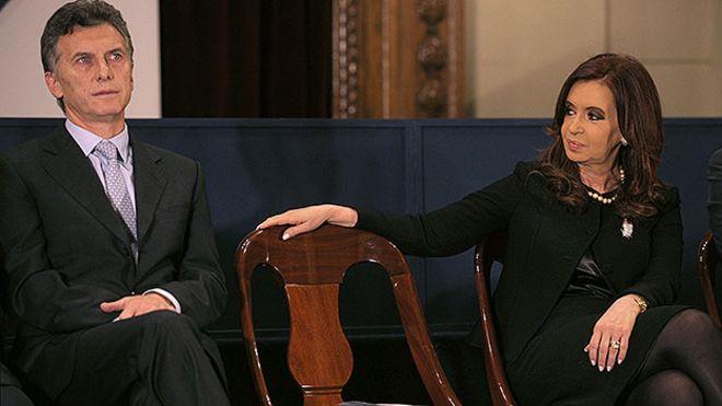 Encuesta | Imagen de Gestión: Macri le gana a Cristina 5 a 3