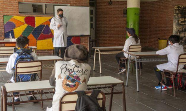 Encuesta en Córdoba: las clases deberían seguir a pesar del aumento de los contagios