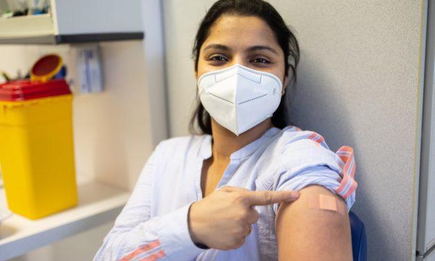 Tranquilidad, la sensación que prima entre los cordobeses vacunados